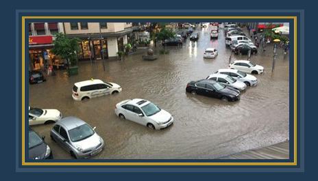 غرق شوارع فرانكفورت بألمانيا بسبب الأمطار