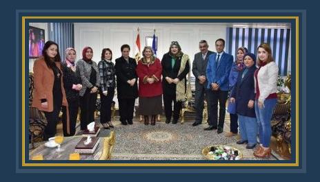 محافظ الاسكندرية مع نائبات البرلمان