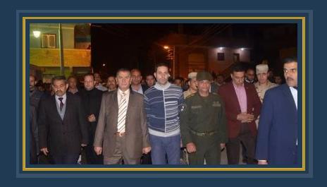 محافظ كفر الشيخ والمستشار العسكرى فى جنازة الشهيد