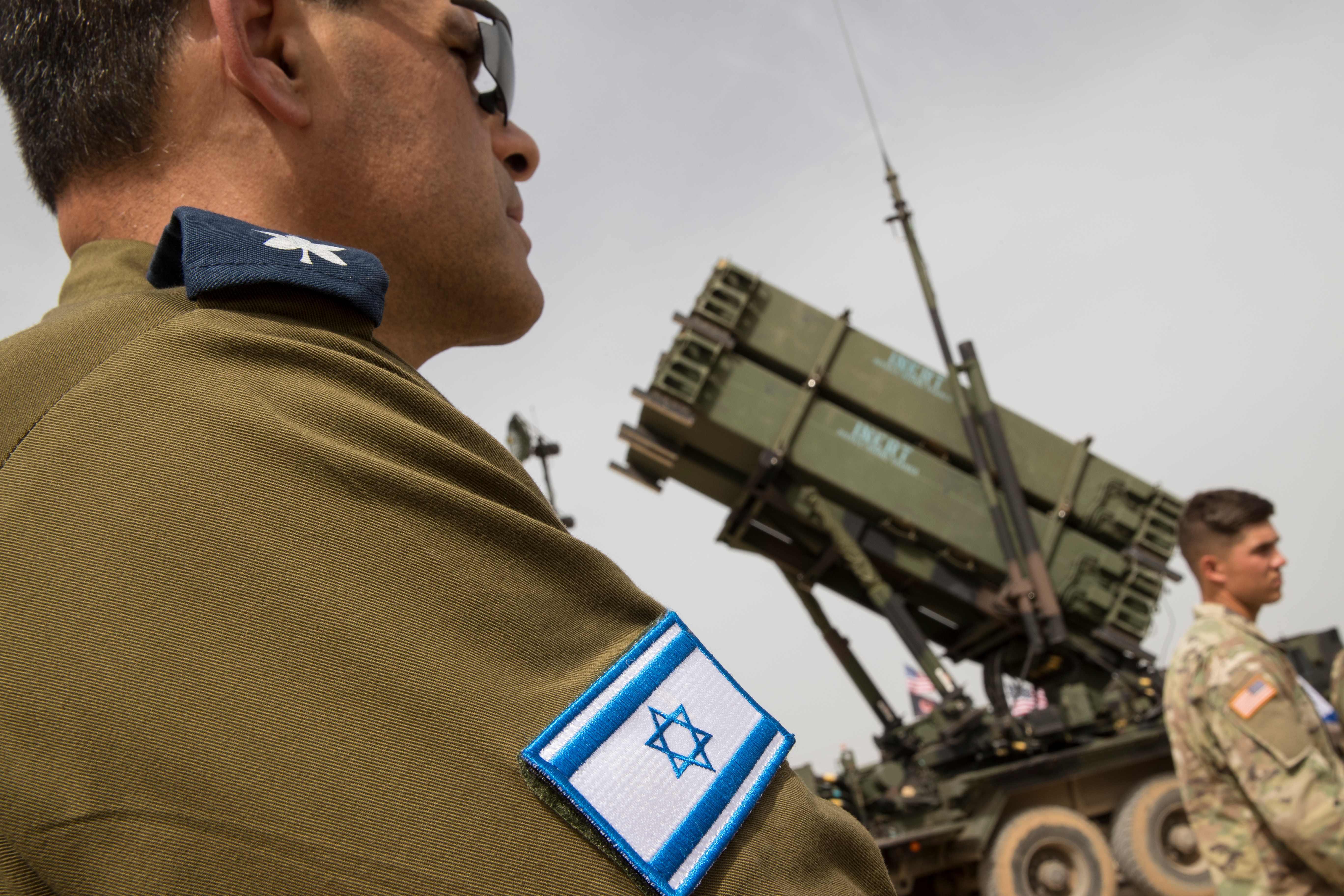 صور تدريبات عسكرية مشتركة بين القوات الأمريكية والإسرائيلية  1339303-242955-01-02
