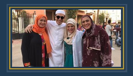 ماجدة زكى ومى نور ووفاء صادق مع مصطفى شعبان