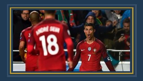 رونالدو يحتفل بأحد هدفيه فى المجر