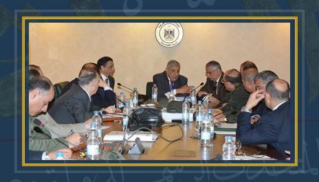 لجنة استراداد أراضى الدولة برئاسة المهندس إبراهيم محلب
