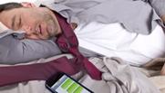 الدراسة تنصح بالابتعاد عن المحمول خلال النوم